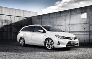 Toyota Auris Touring Sports Hybride - Prix Environnement MAAF 2014