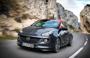 Avec l'Opel Adam S, la citadine se la joue sportive