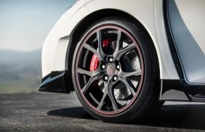 Honda dévoile les lignes de sa future Civic Type R