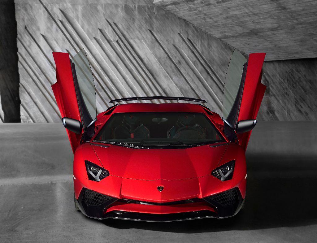 La Lamborghini Aventador LP 750-4 Superveloce repousse les limites