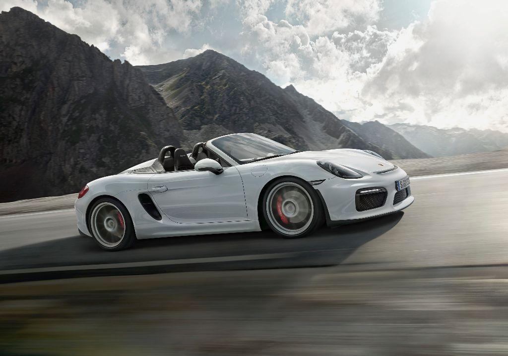 Le Porsche Boxster Spyder affiche sa super-puissance