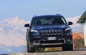 Le Jeep Cherokee affiche sa puissance
