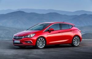 L'Opel Astra gagne en légèreté et en performances