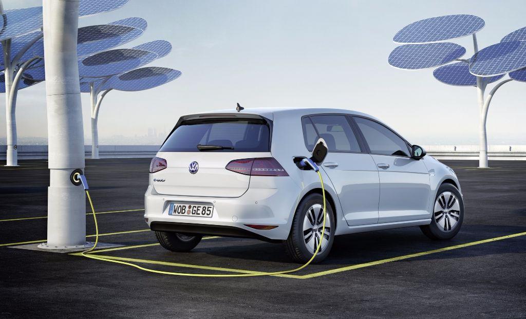 Salon du véhicule électrique et hybride à Val d'Isère