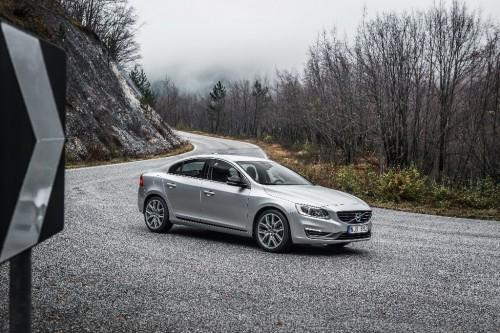 Volvo S60 vue latérale