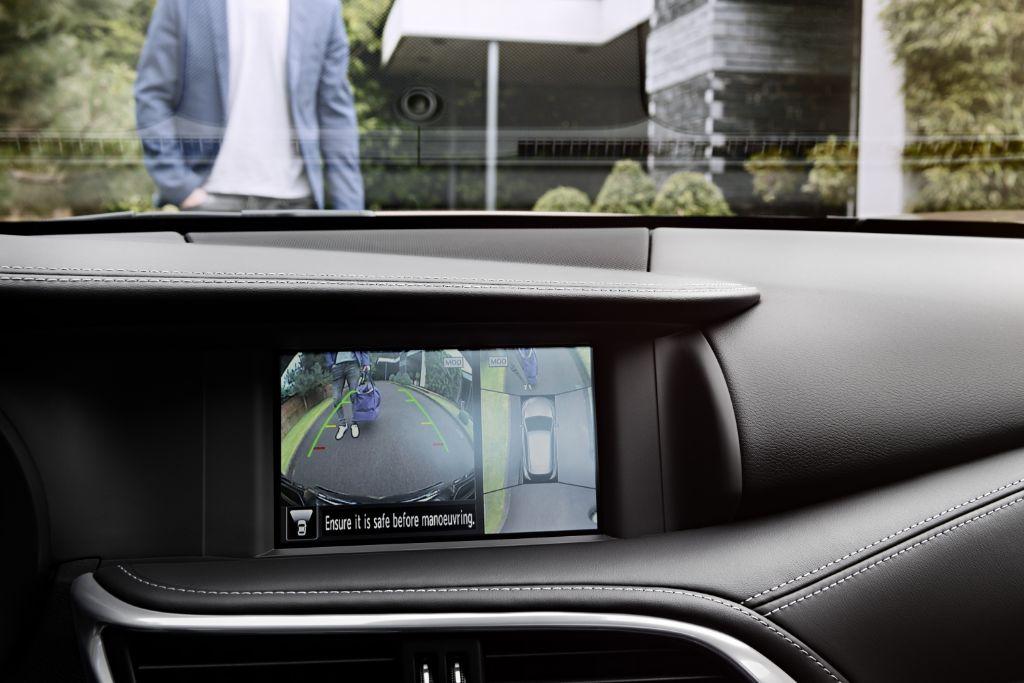 Le SUV INFINITI Q30 et son système d'infodivertissement