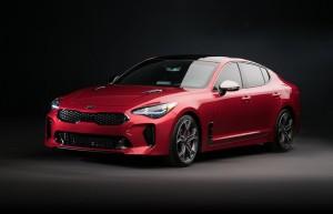 Kia dévoile sa nouvelle berline coupé Stinger au Salon de Genève