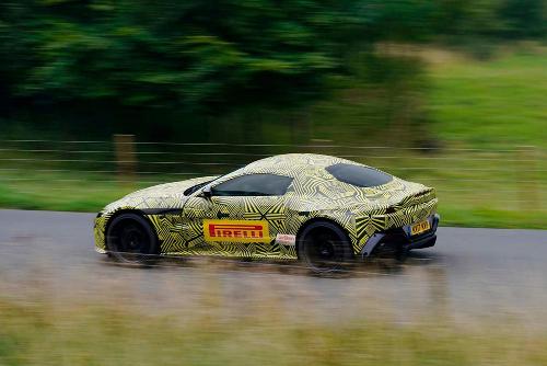 Nouvelle Aston Martin Vantage profil