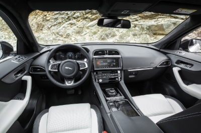 https://cms.reserverunessai.com/wp-content/uploads/sites/2/2017/10/essai-jaguar-f-pace-interieur-e1507049142329.png