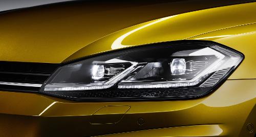 Essai Volkswagen Golf 7 : détails bloc optique
