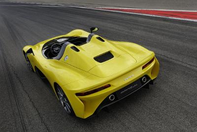 Dallara Stradale jaune vue arrière