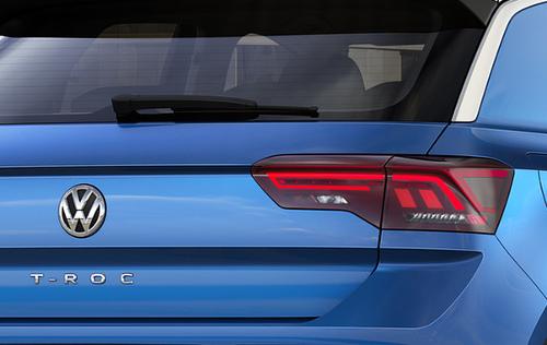 Essai Volkswagen T-Roc 2017 : détail optique arrière