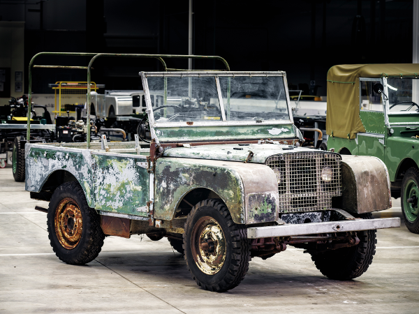 Land Rover fête ses 70 ans cette année !