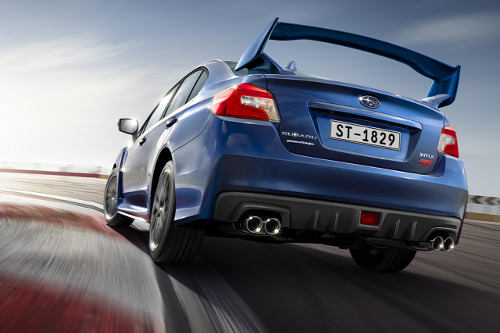 Subaru WRX STI Legend Edition : arrière sur piste
