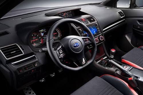 Subaru WRX STI Legend Edition : intérieur