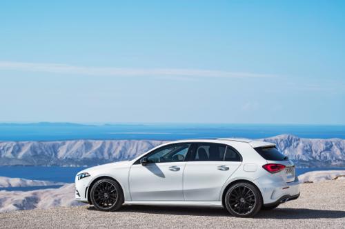 Nouvelle Mercedes Classe A couleur blanche