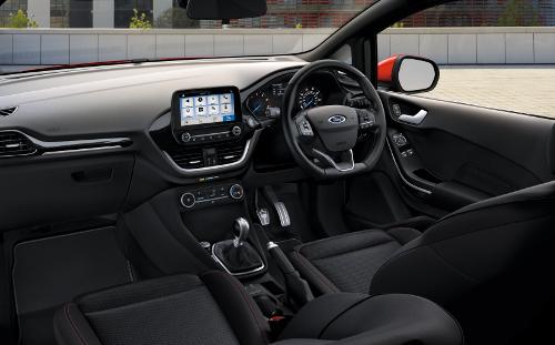 Intérieur et connectivité pour le Ford Fiesta Van