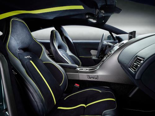 Habitacle de l'Aston Martin Rapide AMR