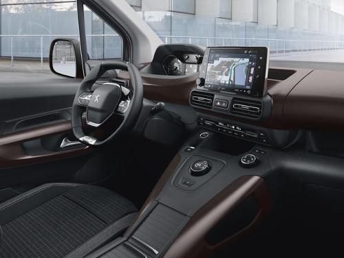 Le Peugeot Rifter : premier ludospace à intégrer le i cockpit