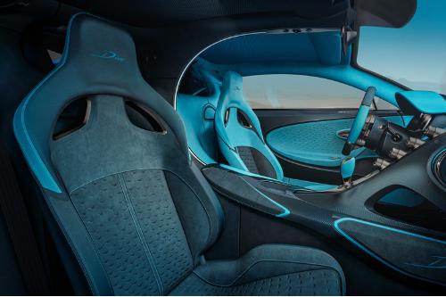 Une bonne agilité pour la Bugatti Divo