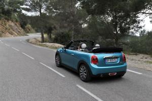 MINI Cabrio 2016 vue arrière